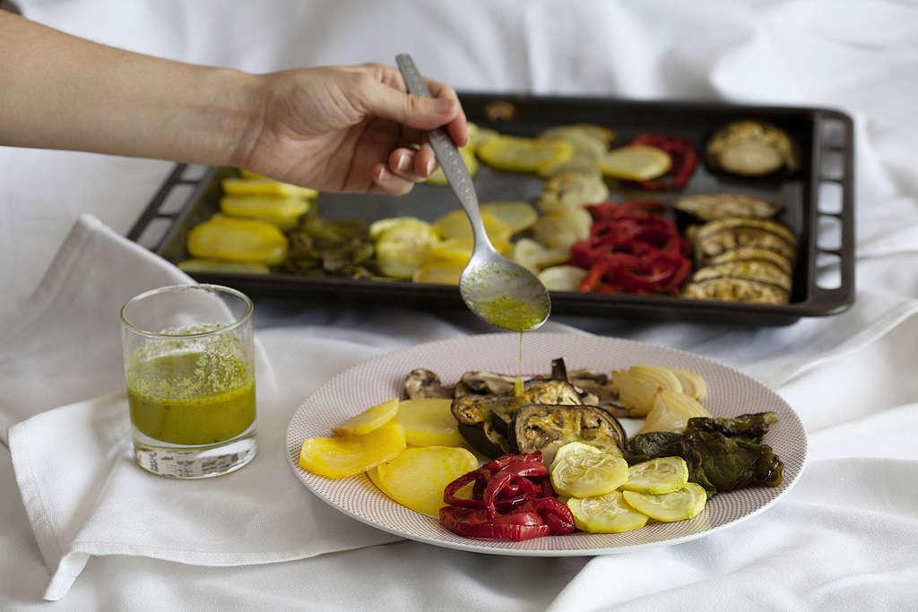 Bandeja de verduras al horno - Salsa para verduras al horno ...