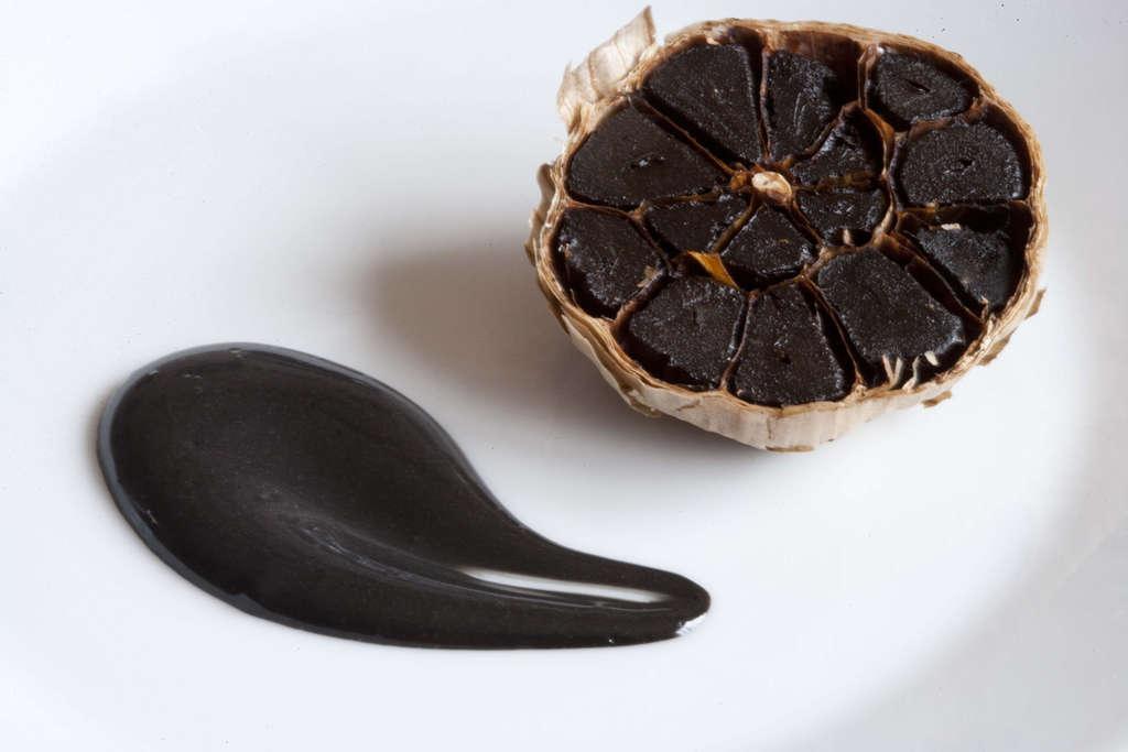 Alioli de ajo negro 1