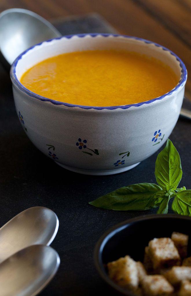 Crema de tomates asados y albahaca 1