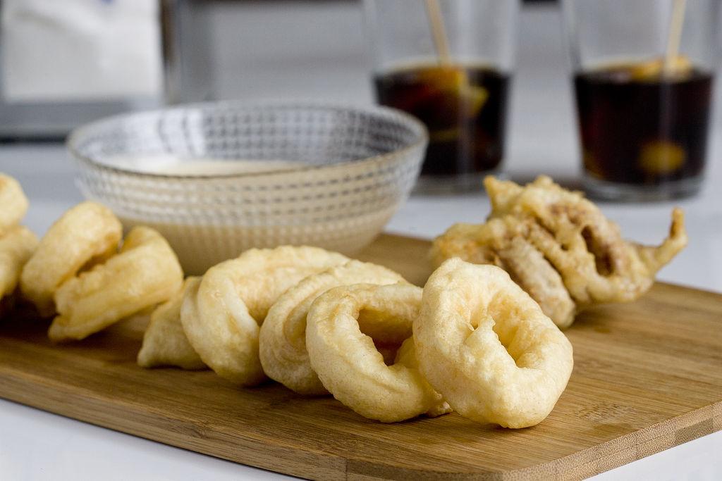Calamares en tempura con mayonesa de wasabi 1