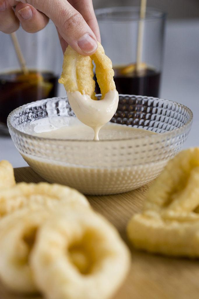 Calamares en tempura con mayonesa de wasabi 2