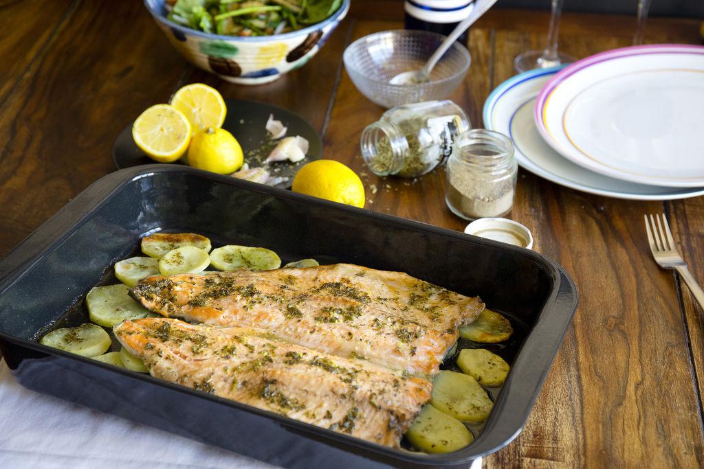 Trucha al horno con limón y orégano 2
