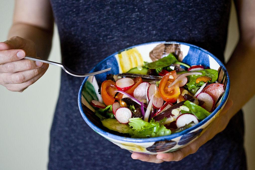 Ensalada fresca de rabanitos y pepino 1