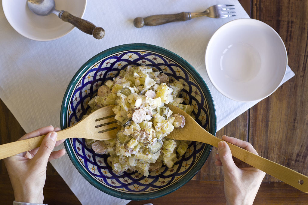 Kartoffelsalat o ensalada de patata alemana 4