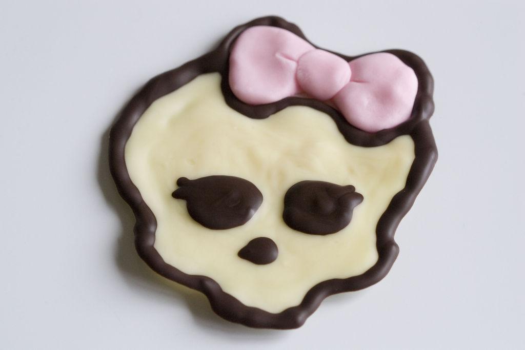 Tarta de chocolate y buttercream de vainilla 'Monster High' 7