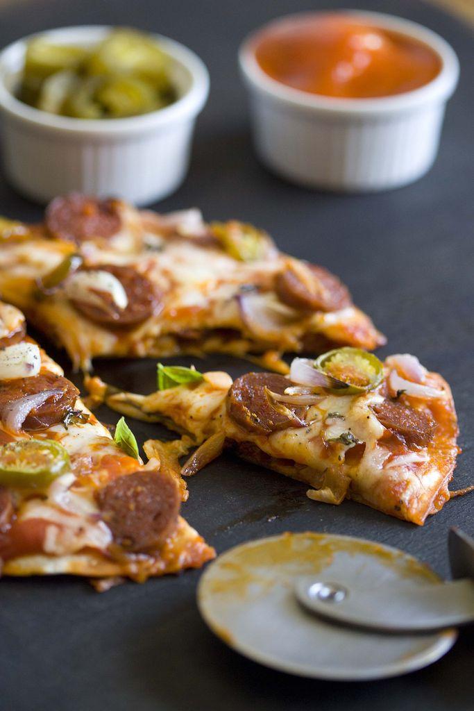 Pizzadilla de chorizo, mozzarella y jalapeños 1