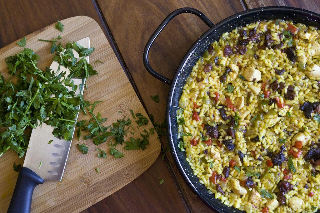 arroz-los-manueles-o-arroz-especiado-con-pollo-y-morcilla-de-guadix-3