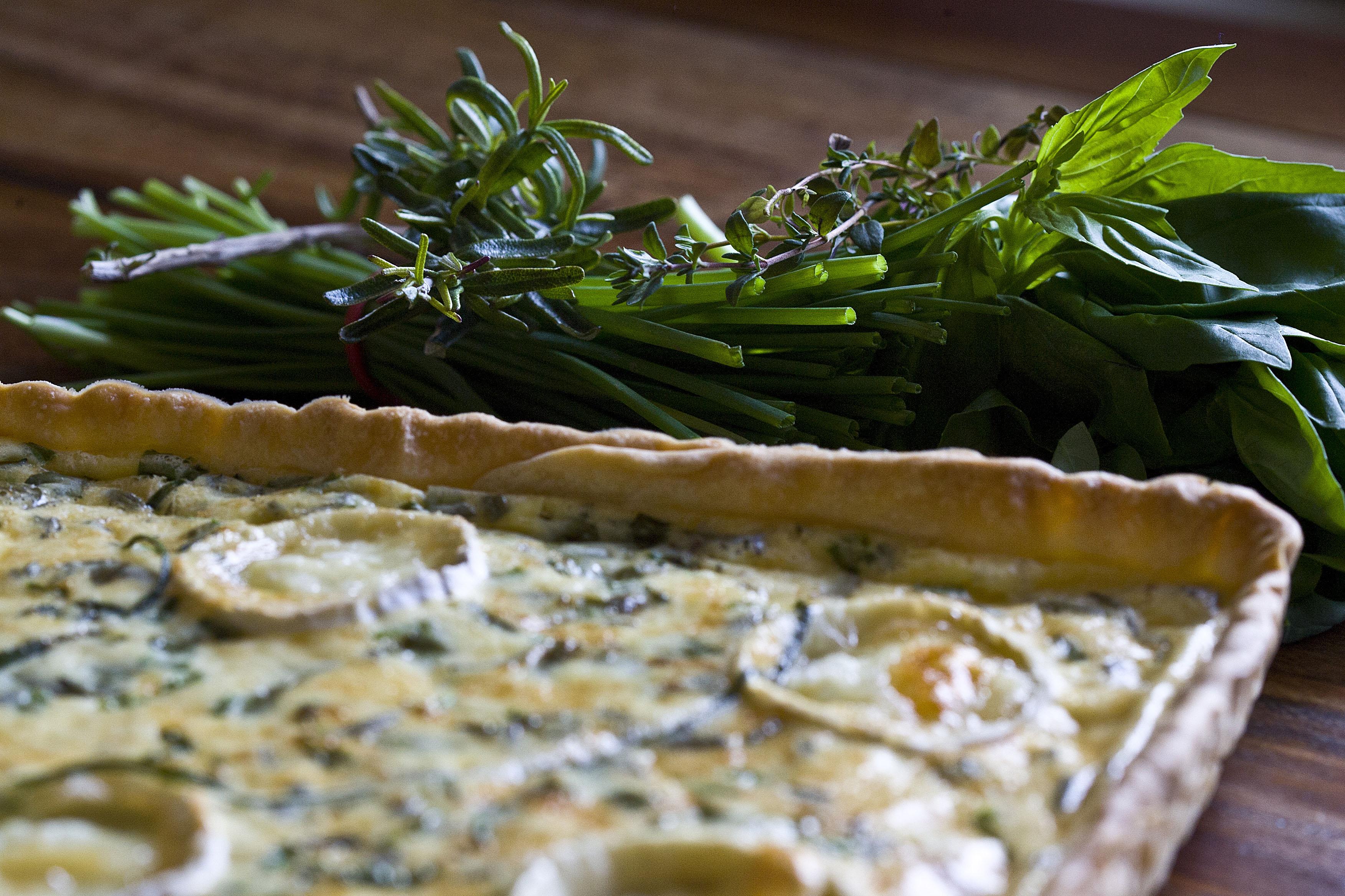 Quiche de quesos y hierbas aromáticas 2