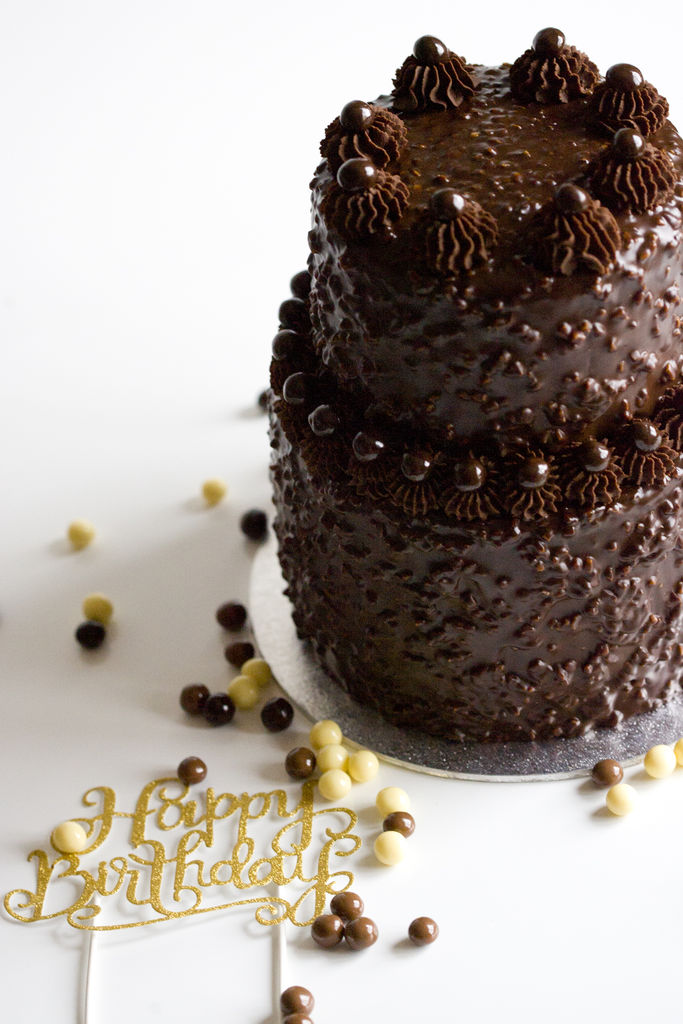 Tarta de chocolate crujiente 10